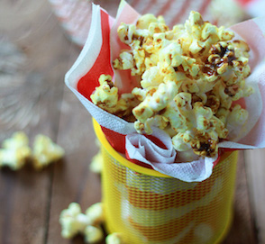 Spicy Curry Popcorn